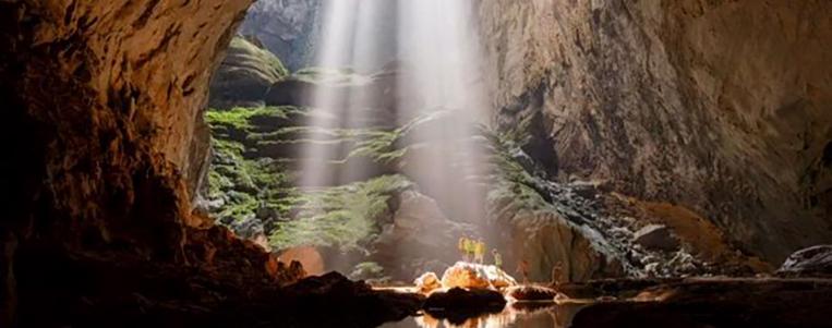 Circuit découverte des grottes incroyables SonDoong Centre Vietnam