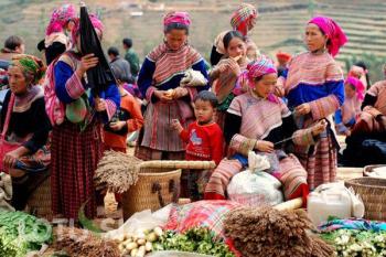 Randonnée & rencontre ethnique à Sapa & BacHa